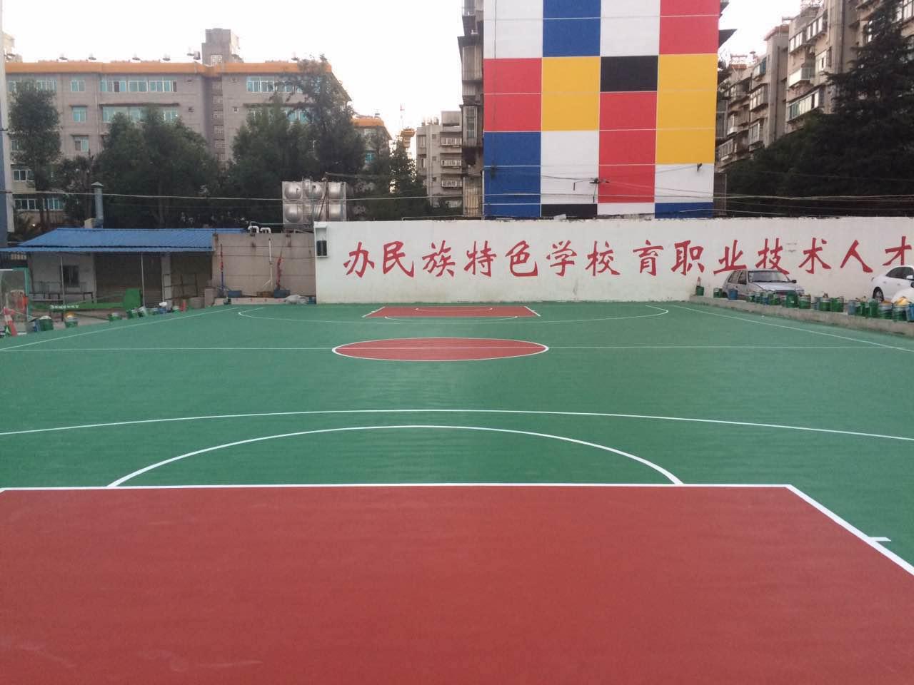 云南省昆明市中等专业学校